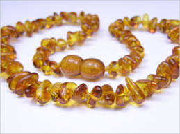 AMBER JEWELRY. Heavy statement amber necklace. Length 35cm